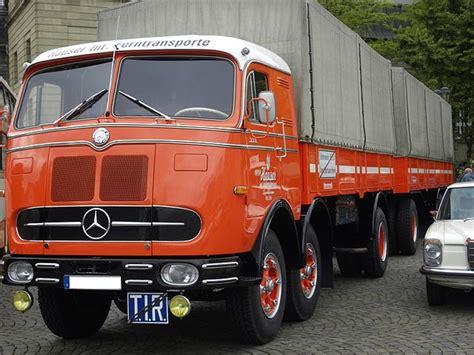 Auto Günstig Kaufen österreich by File Lastkraftwagen Mit Anhaeger Mercedes Oldtimer Jpg