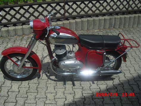 Was Kostet T V Motorrad by Ich Verkaufe Eine Jawa Special Baujahr Das Motorrad Wurde