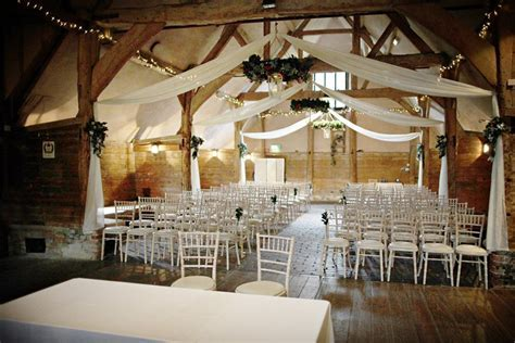 The Perfect Winter Wedding Venues in Oxfordshire   CHWV