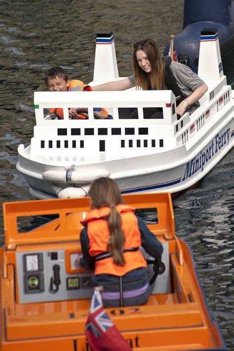 mini boat hire miniport boat hire in portsmouth