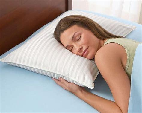 cuscino dormire cuscino come scegliere quello giusto per dormire bene