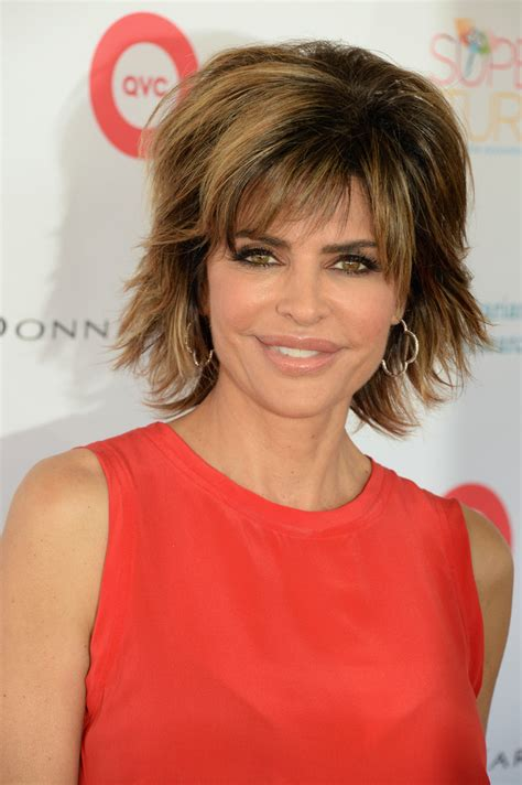 lisa rinna long layered hair more pics of lisa rinna layered razor cut 1 of 5 short