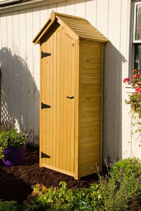 Small Wooden Tool Shed by 1000 Ideas About Tool Sheds On Garden Tool