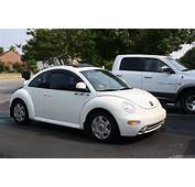 2000 Volkswagen New Beetle  Information And Photos