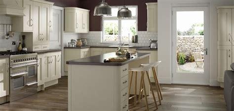 buy avondale ivory kitchen online uk best value kitchens uk cream and off white kitchens price kitchens