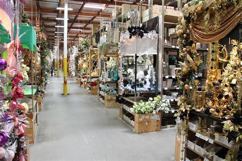 Design Center Santa Ana | it s showtime at shinoda s santa ana free christmas fall