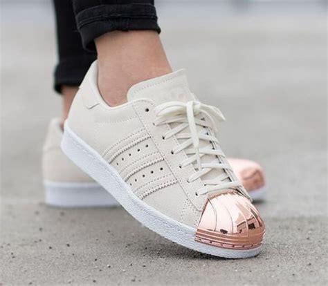 imagenes de zapatos adidas samoa las 25 mejores ideas sobre zapatillas adidas en pinterest