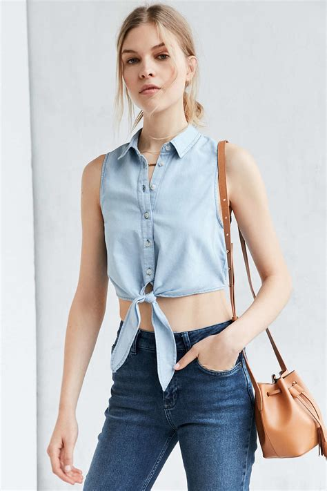 Blouse Daun lyst bdg elie tie front button blouse in blue