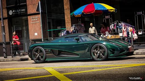 koenigsegg green photo of the day green carbon koenigsegg agera s in hong