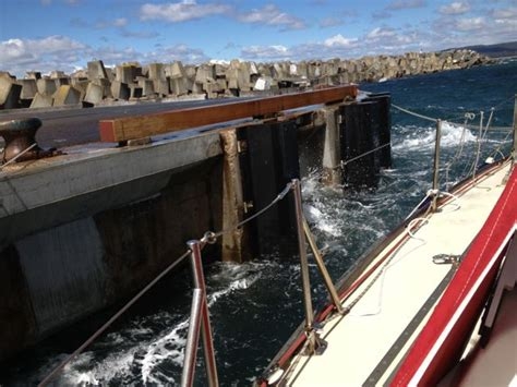 boat mooring batemans bay western port vic to batemans bay nsw a whale of a