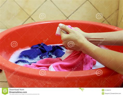 washing clothes in the bathtub hand wash clothes in bathtub 28 images wash clothes in