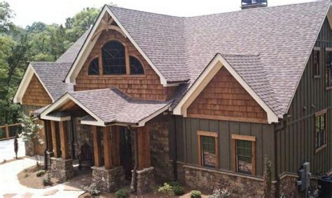 amazing craftsman home with board and batten siding cedar