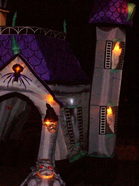 inflatable haunted house 21 best images about halloween inflatables on pinterest halloween inflatables