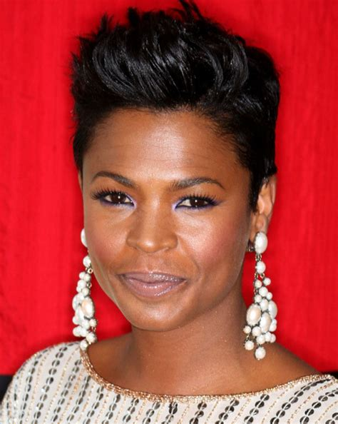 14 short hairstyles and haircuts for black women of class