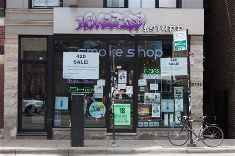 best bong shop best smoke shops in chicago for bongs and pipes