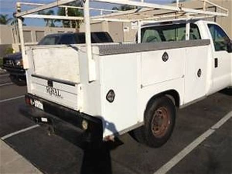 royal utility bed buy used 1999 v8 royal utility service body bed well