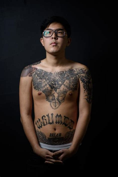 korean tattoo artist korea s outlaw artists daily mail