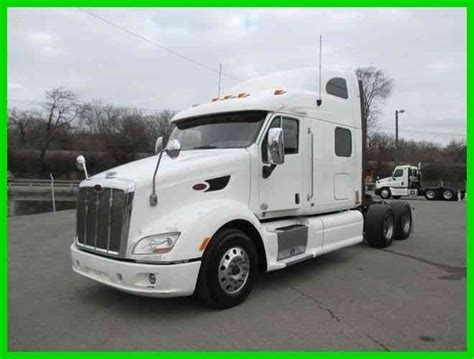 Peterbilt Sleeper Options by Peterbilt 587 2012 Sleeper Semi Trucks