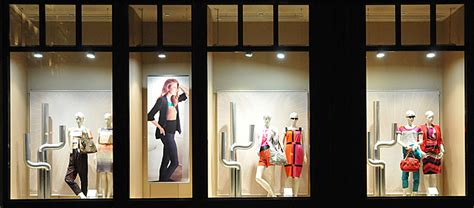 lights for window display marcs spencer window displays budapest 187 retail design