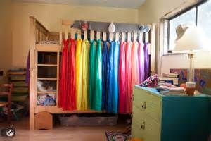 Bunk Bed Canopy Diy Diy Rainbow Bed Canopy For Bunk Beds