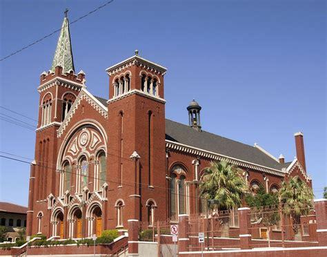 churches bedford tx