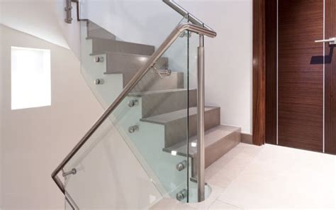 Treppengeländer Innen Glas Preis by Glasgelaender De Ganzglasgel 228 Nder Glasklemmhalter