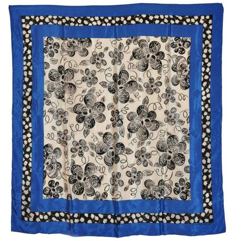 adrienne vittadini bold navy white and black floral silk