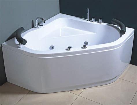vasca idromassaggio in offerta vasche idromassaggio vasca idromassaggio 130x130 due