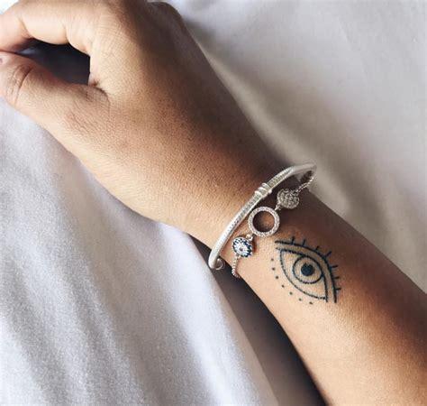 phoebe tonkin tattoos wrist tattoologist
