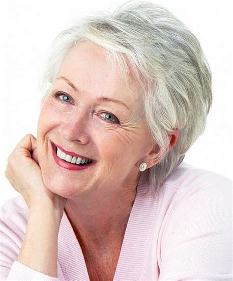 hair styles for women on their 60s with thoinning hair short hairstyles for women over 60 that still look