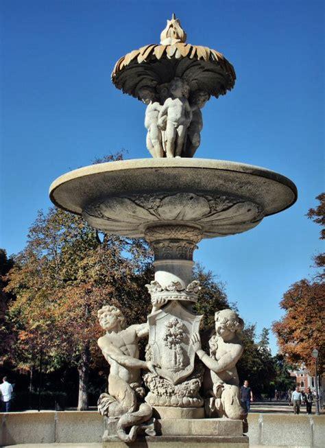 fuente de la alcachofa madridvillaycorte es las mejores fotos parque retiro viajar a madrid