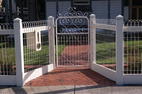 world restoration  picket fences