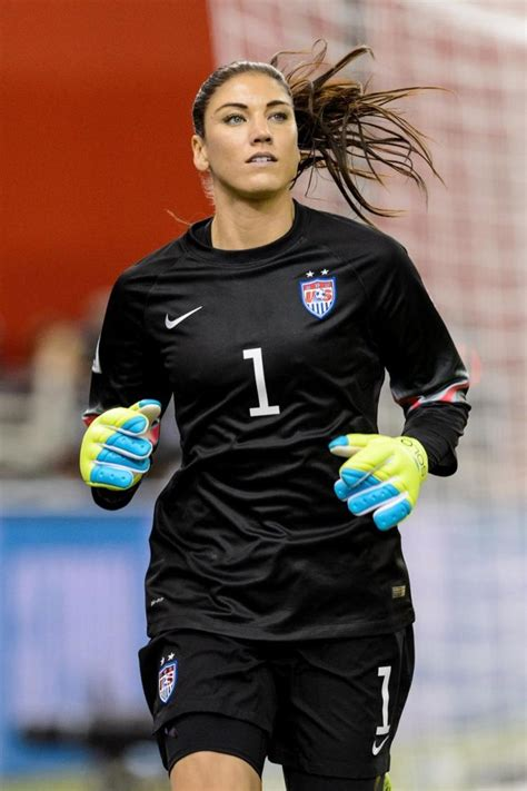 fotos de hope solo hope solo as of right now i still wouldn t go to