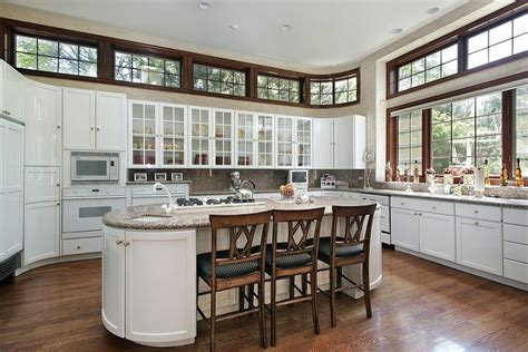 Kitchen Island With Cooktop And Seating 21 kitchens with windows that allow plenty of natural
