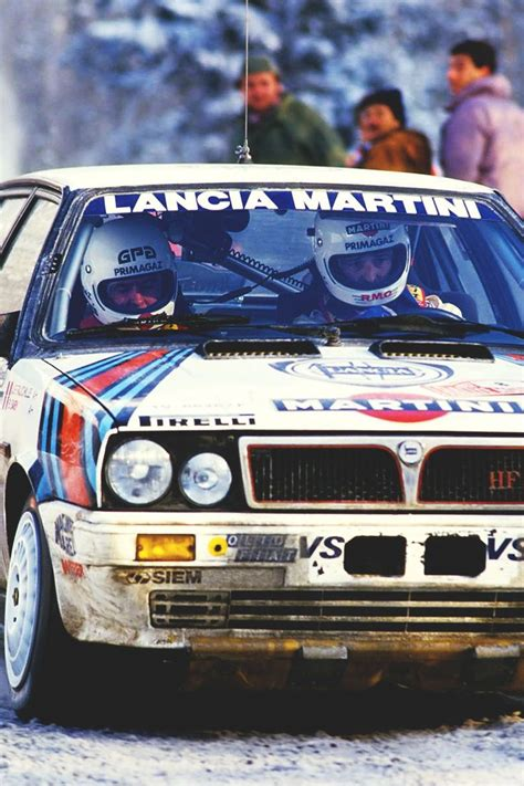 martini lancia lancia martini delta hf turbo rally maniacs pinterest