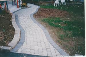 twelve front yard walkways ideas concrete pavers guide