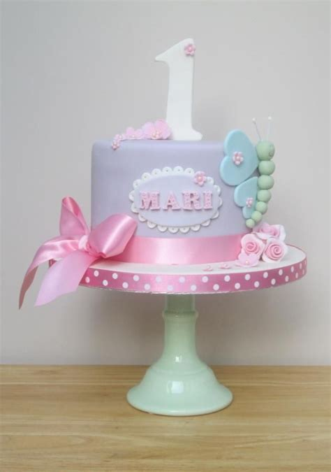 1000  ideas about Girls First Birthday Cake on Pinterest