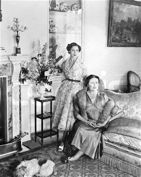 Split Bedroom by When Did The Queen Mother Live In Clarence House The
