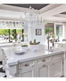kardashian kitchens this or that cococozy celebrity kitchens on pinterest architectural digest