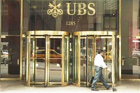 bank ubs detroit cut 2 billion pension bond deal with ubs one of