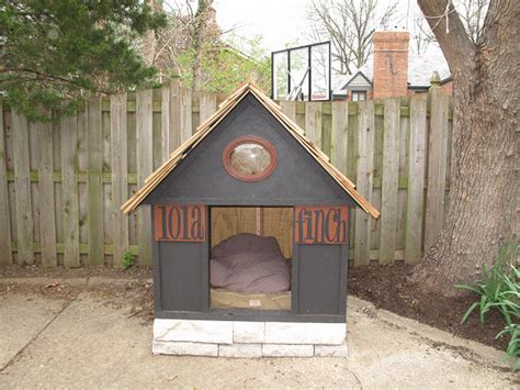 how to build a big dog house the diyers photos doghouse project made by petree