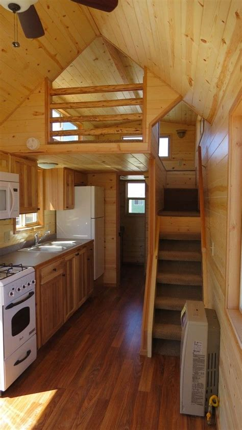 tiny heirloom s larger luxury tiny house on wheels tiny heirloom luxury tiny house on wheels photo picmia