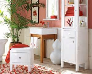 Splash this spring with the top 5 color schemes for your bathroom