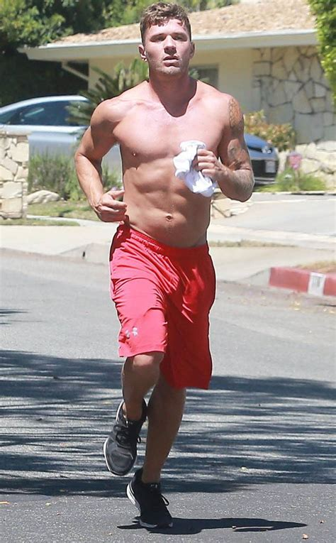 ryan phillippe app ryan phillippe from the big picture today s hot photos