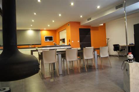 Salon Gris Et Orange by Pi 232 Ce 224 Vivre Photo 4 6 3505263