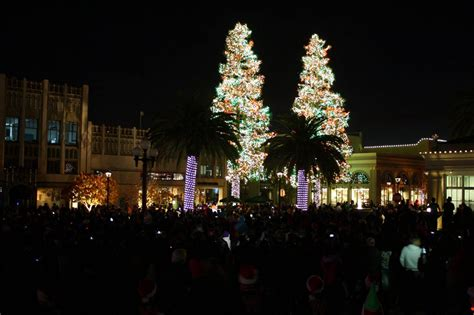 redwood city holiday happenings redwood city voice medium