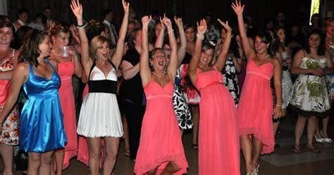 Popular Bouquet And Garter Toss Songs For Weddings
