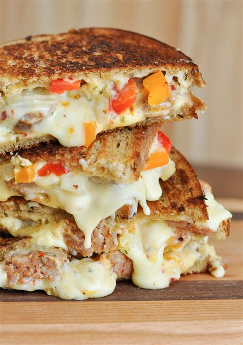 7 best grilled cheese recipes strawmarysmith
