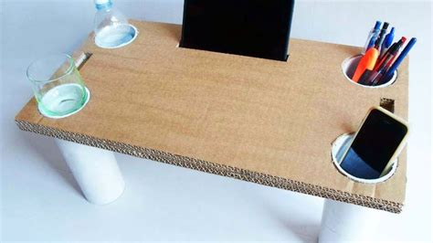 Schreibtisch Aus Pappe by How To Make A Multipurpose Cardboard Bed Table Diy Home
