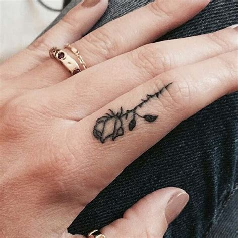 cool finger tattoos 23 cool finger ideas for page 2 of 2 stayglam